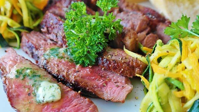 肉,ステーキ